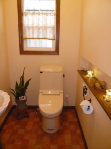 1Fの広いトイレ。
